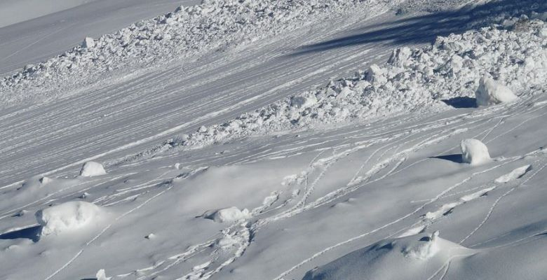 Dozens missing after avalanche hits Italian mountain hotel