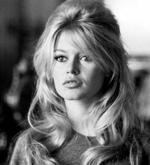 30 Stunning 60s And 70s Hairstyles