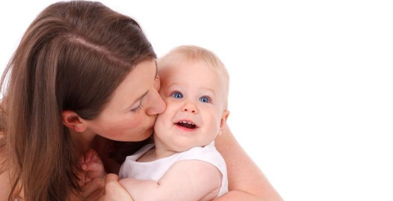 Traits and Genetic Disorders That Babies Get From Mom