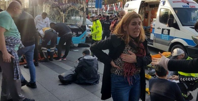 Istanbul bus driver slams into stop, killing one, injuring 13