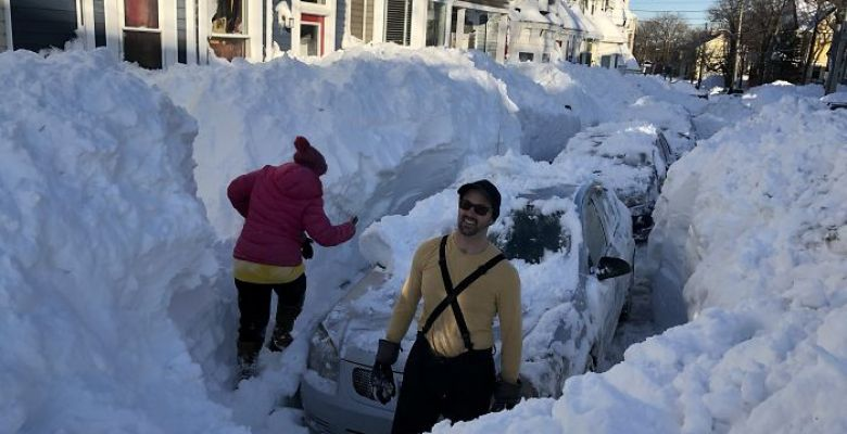 Staggering snow pile-ups in Canada after unprecedented weekend blizzard