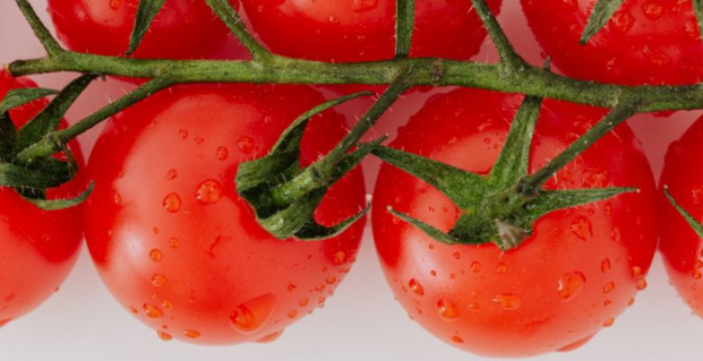 10 Side Effects Of Eating Lot of Tomatoes